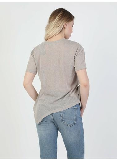 Colin's Kadın Kısa Kol Tişört Bej